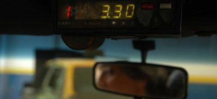 Acuerdo entre el municipio y los taxistas por una tarifa de $3,30