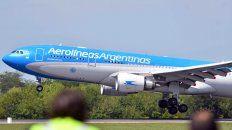 El avión de Aerolíneas Argentinas que trajo desde Rusia la segunda tanda de 300 mil dosis de vacunas Sputnik V arribó a Ezeiza este sábado.