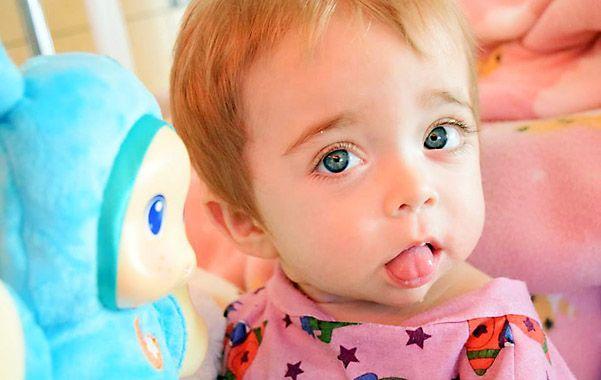 La nena fue trasplantada el 11 de septiembre pasado con células de su padre.