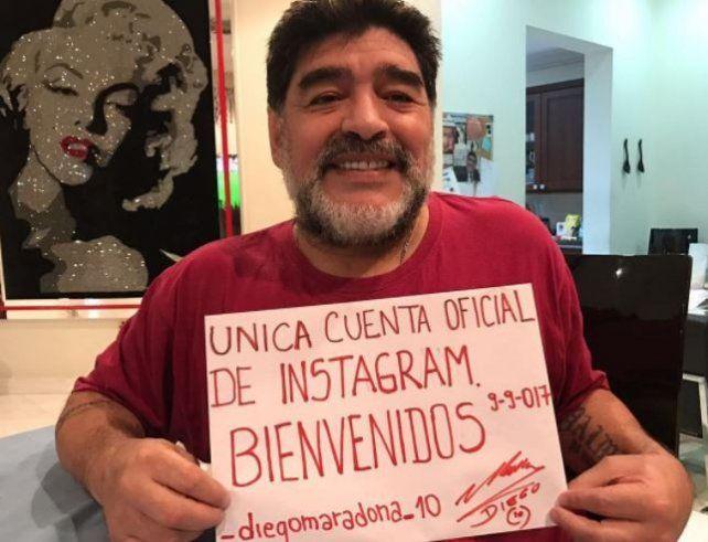 Maradona llegó a Instagram, subió 50 fotos  y en pocas horas sumó miles de seguidores