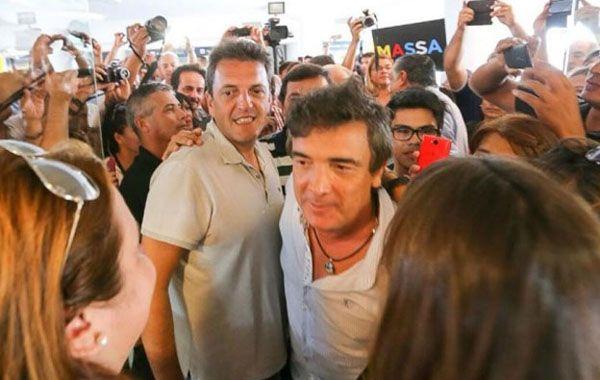 Sergio Mazza estuvo junto a Nito Artaza en Corrientes.
