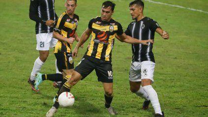 Michael Covea, quien viene de jugar en Deportivo Táchira, es el cuarto refuerzo de Central.