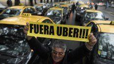 Los taxistas encabezaron las protestas para impedir el desembarco de Uber a Rosario.