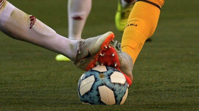 El mercado desnuda al fútbol argentino