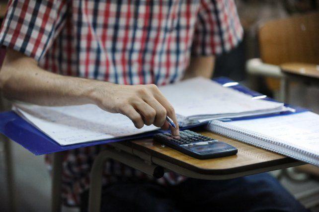 Educación: suman más presencialidad en terciarios y la UNR