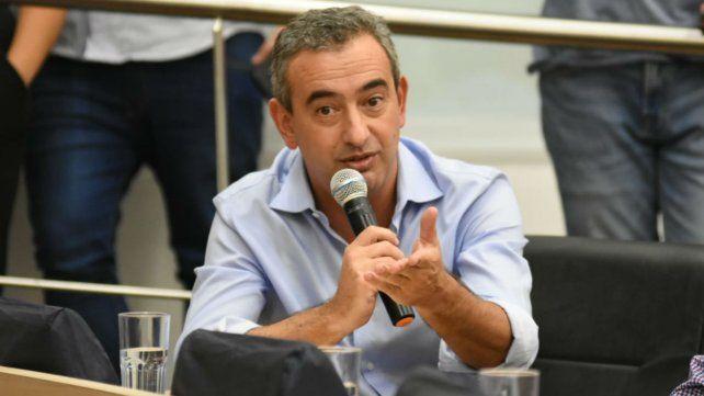 El intendente de Rosario quiere que las leyes de emergencias sean aprobadas por consenso.