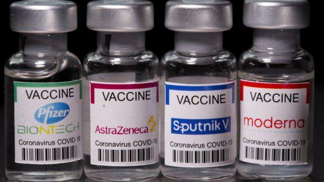 A combinar. Las vacunas pueden combinarse con seguridad y una alta eficacia, demostraron estudios clínicos realizados tanto en el exterior como ahora en Argentina.