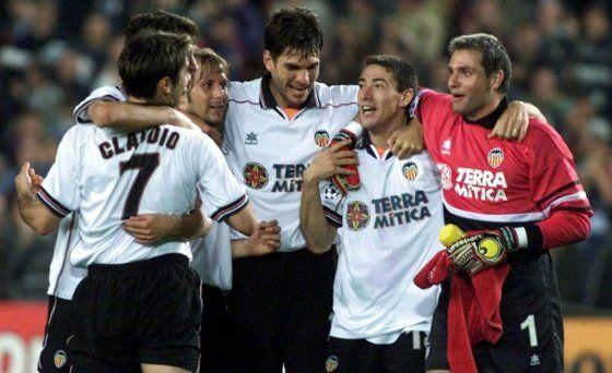 El Kily González junto a Mauricio Pellegrino en la época en la que jugaban en Valencia.