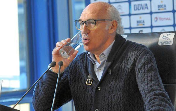 Busca abajo. Bianchi pone varios juveniles para cerrar el torneo Final.