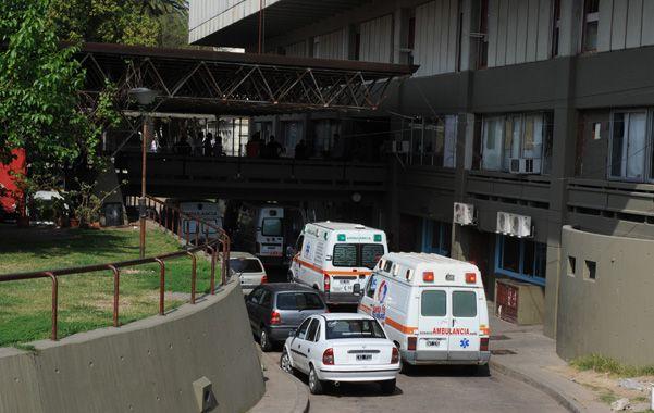 Médicos del Centenario reclaman a las autoridades limpieza en cuartos y baños