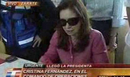 Cristina estuvo en Zarate para seguir de cerca el operativo que ya tiene dos detenidos