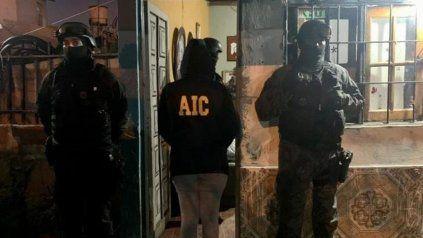 Las personas que son investigadas por su presunta participación en el asalto en 12 de Octubre y 3 de Febrero.