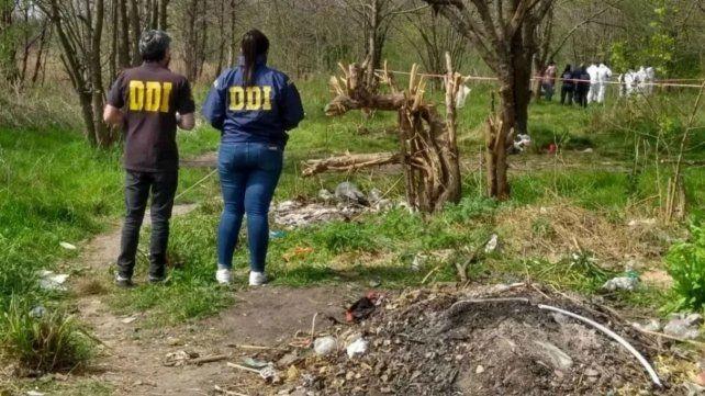 El cuerpo sin vida del indigente asesinado fue encontrado en un baldío en General Rodríguez