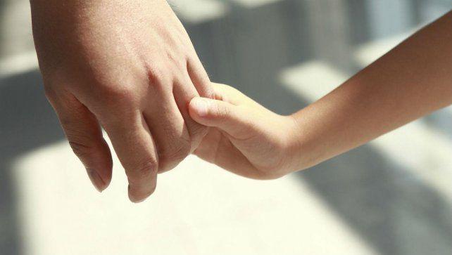 Una agrupación de padres adoptivos rechaza el nuevo sistema de adopción provincial