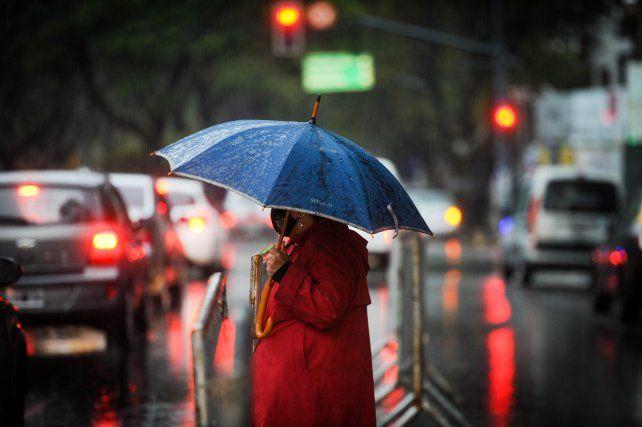 Un sábado con lluvias aisladas en horas de la mañana en Rosario y la región.