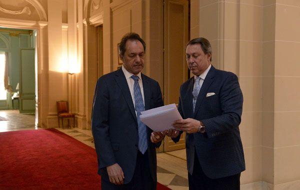 Scioli sostuvo que la ley de paritarias es la consolidación de la fortaleza institucional de la provincia de Buenos Aires.
