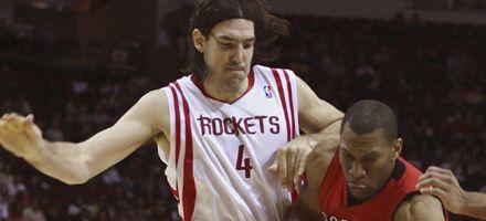 NBA: Scola anotó 20 tantos y fue figura en el triunfo de Houston ante Toronto