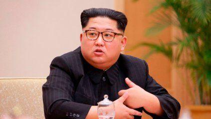 El dictador norcoreano admitió públicamente que su país tiene dificultades para alimentar a su población.
