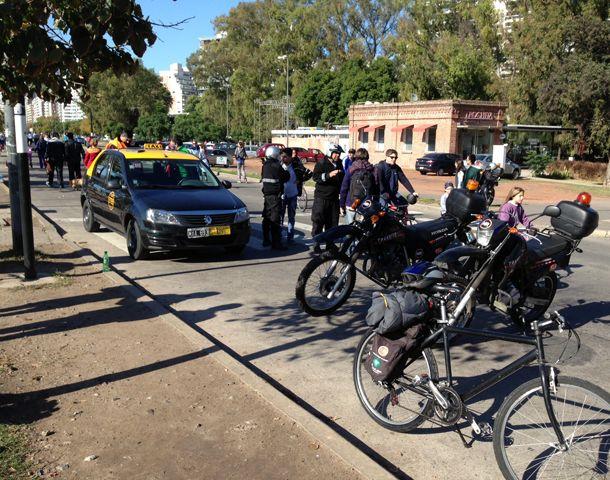 El taxista fue detenido ayer circulando en estado de ebriedad.