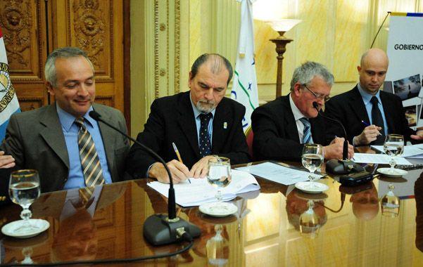 El gobierno de la provincia confirmó oficialmente la decisión del ingeniero Juan José Bertero de renunciar a su cargo.