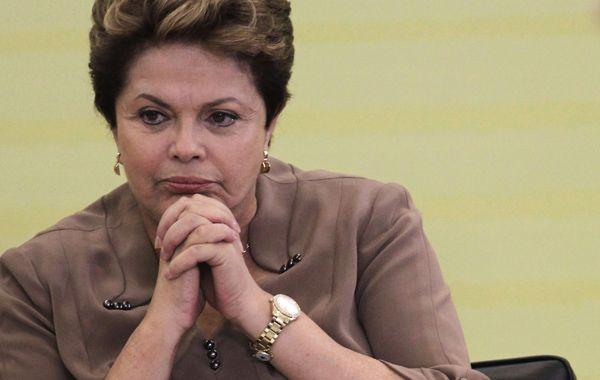 Dilma Rousseff echó a los funcionarios involucrados en el caso.