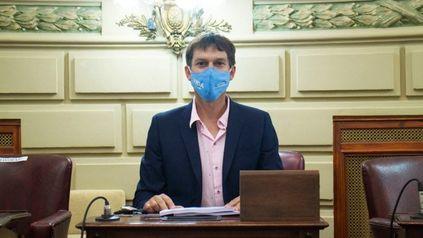 """No soy antivacunas"""", aseguró el también candidato a senador nacional."""