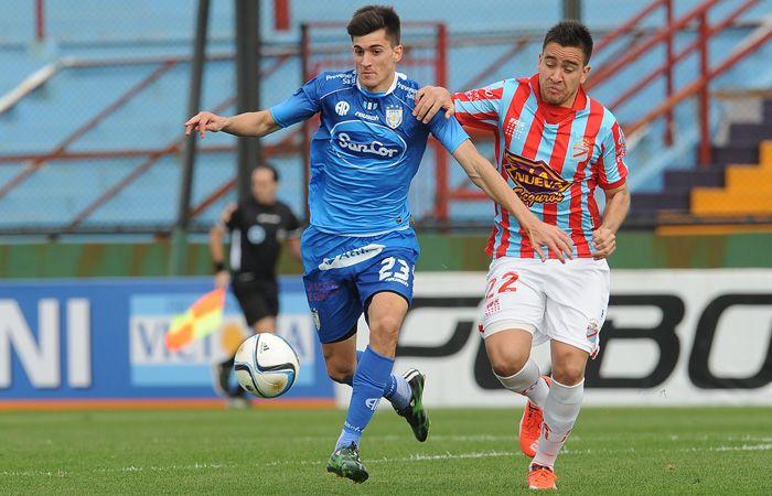 Atlético de Rafaela se llevó un buen punto de su visita al Arsenal de Caruso Lombardi. (Foto: Télam)
