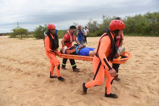 Simulacro de rescate en las islas a partir de la caída de una avioneta