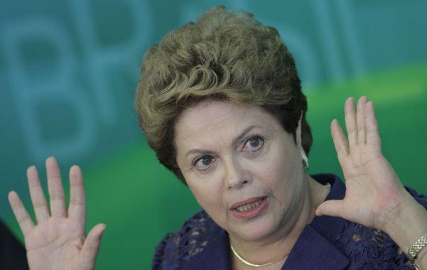 Limpia. Rousseff prometió drásticas medidas para sanear la economía.