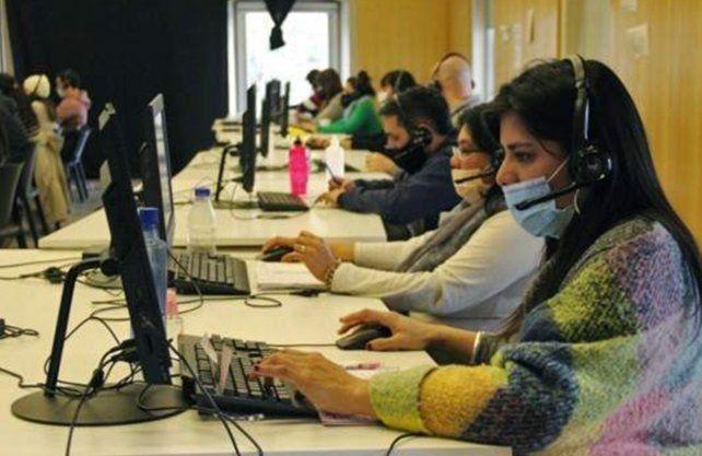 Suman estudiantes avanzados de medicina al  sistema de salud