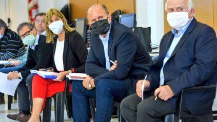 Perotti, Lifschitz y Rodenas, en una reunión del año pasado del comité asesor para enfrentar la pandemia.