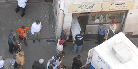 Asesinaron a un joyero con un balazo en la frente en Maipú y San Juan