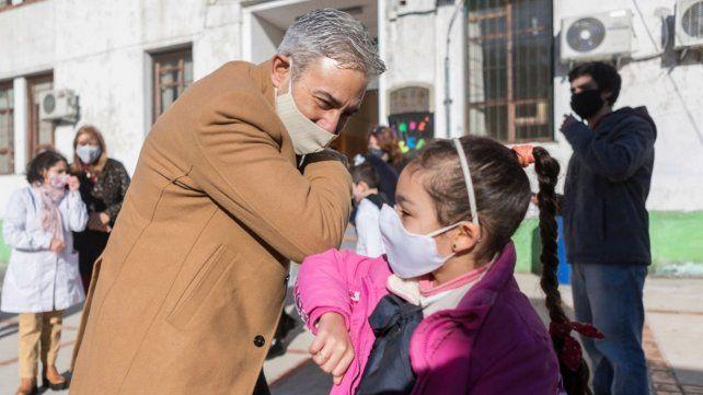 Para intentar bajar los contagios de Covid, Uruguay no obliga a los alumnos a asistir a la escuela