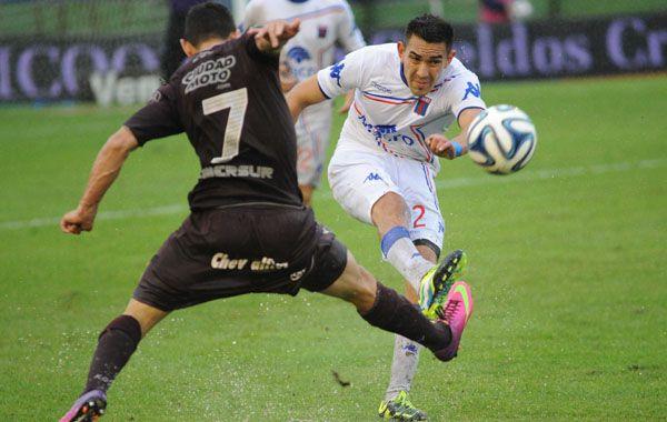 Lanús y Tigre jugarán el primer tiempo el pasado 2 de noviembre y la lluvia obligó a suspenderlo.
