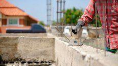 El gobierno nacional lanzó este martes 87.000 créditos a tasa cero de interés para la refacción y construcción de viviendas en todo el país.