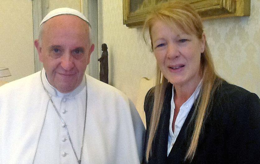 Bergoglio se dio tiempo para charlar con Stolbizer.