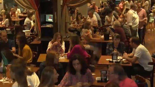 La semana pasada se realizó un encuentro en el bar El Cairo.