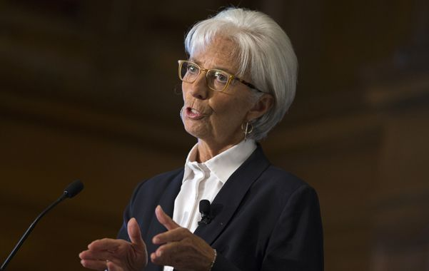 Desaceleración. Lagarde dijo que revisará la proyección de crecimiento.