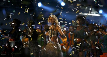 El Mundial arrancó oficialmente a pura música en el estadio de Soweto