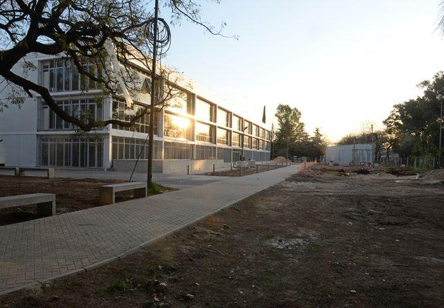 El bloque del Isef está instalado cerca del sector del óvalo del hipódromo