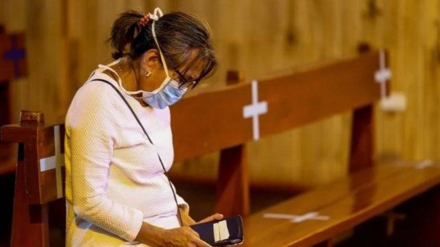 Critican el cierre de las iglesias y afirman que funcionan bajo estricto protocolo