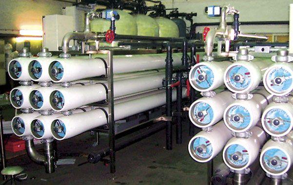 Osmosis inversa. El atraso en la concreción de dos plantas potabilizadoras desembocó en una crisis en Assa.