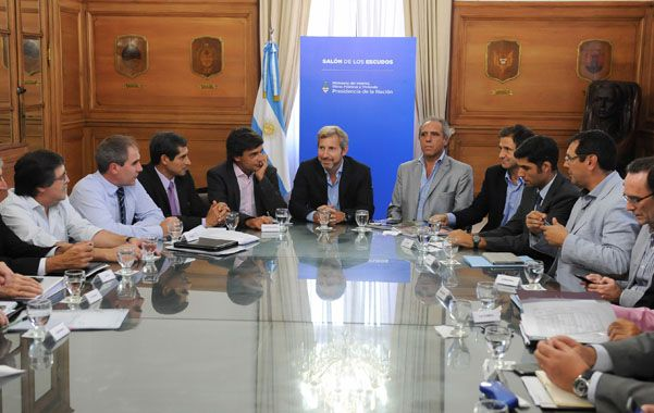Diálogo. Los ministros provinciales se reunieron con el titular de Interior.