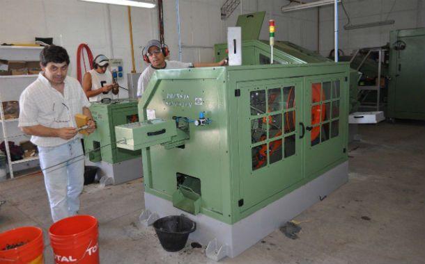 Producción. La compañía procesará 30 toneladas mensuales de acero.