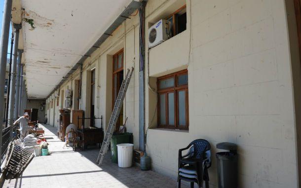 El lugar de la refacción. El incidente ocurrió sobre el ala Dorrego del antiguo palacio gubernamental.