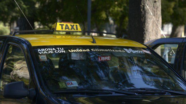 Asaltaron a un taxista con un arma de fuego en zona sur