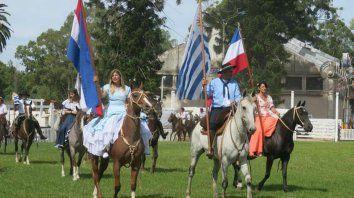Destreza y tradición.Montevideo, se prepara para la 94ª Semana Criolla cuyo eje principal es el Concurso de Jineteadas. En su última edición convocó a más de 200 mil personas.