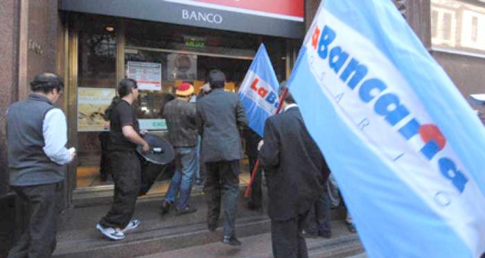 No descartan un paro de bancarios en Rosario para los próximos días