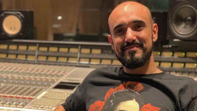 Abel Pintos habló sobre su romance con Mora Calabrese
