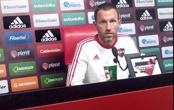 Bernardi reconoció que el fin de semana sin fútbol le sirvió al plantel para